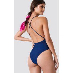 Hot Anatomy Kostium kąpielowy z dekoltem V - Blue. Niebieskie kostiumy jednoczęściowe damskie Hot Anatomy. Za 202.95 zł.
