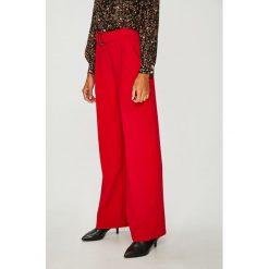 Answear - Spodnie Watch Me. Szare spodnie materiałowe damskie ANSWEAR, w paski, z elastanu. Za 169.90 zł.