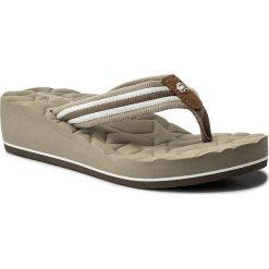 Japonki TOMMY HILFIGER - Comfort Mid Beach Sandal FW0FW02367 Cobblestone 068. Brązowe klapki damskie Tommy Hilfiger, z materiału. W wyprzedaży za 139.00 zł.