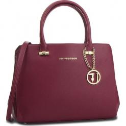 Torebka TRUSSARDI JEANS - Levanto 75B011 R290. Czerwone torebki do ręki damskie TRUSSARDI JEANS, z jeansu. Za 679.00 zł.