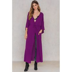 NA-KD Boho Sukienka-płaszcz - Purple. Fioletowe sukienki damskie NA-KD Boho, z wiskozy, boho. Za 60.95 zł.