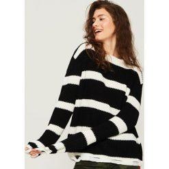 Sweter w paski - Wielobarwn. Swetry damskie marki bonprix. Za 59.99 zł.