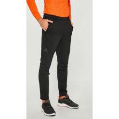 Adidas Performance - Spodnie. Szare spodnie sportowe męskie adidas Performance, z dzianiny. W wyprzedaży za 199.90 zł.