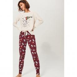 Dwuczęściowa piżama Snoopy - Kremowy. Białe piżamy damskie Reserved. Za 109.99 zł.