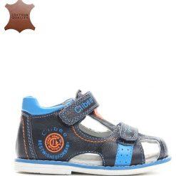 Granatowo-Niebieskie Skórzane Sandałki Oasis. Niebieskie sandały chłopięce Born2be, z materiału. Za 39.99 zł.