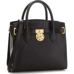 Torebka GUESS - HWPEOC L8306 BLA. Czarne torebki do ręki damskie Guess, ze skóry. W wyprzedaży za 759.00 zł.