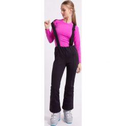 Spodnie narciarskie damskie SPDN003Z - czarny. Czarne spodnie materiałowe damskie 4f, z materiału. W wyprzedaży za 349.99 zł.