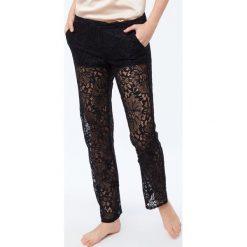 Etam - Spodnie piżamowe Maelys. Szare piżamy damskie Etam, z materiału. Za 149.90 zł.