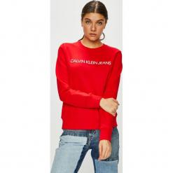 Calvin Klein Jeans - Bluza. Czerwone bluzy damskie Calvin Klein Jeans, z nadrukiem, z bawełny. Za 399.90 zł.