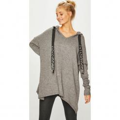 Answear - Sweter. Szare swetry damskie ANSWEAR, z dzianiny, z kapturem. Za 149.90 zł.