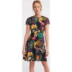 ab28120168 Sukienki koktajlowe w kwiaty - Sukienki damskie - Kolekcja wiosna ...