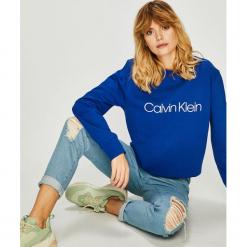 Calvin Klein - Bluza. Szare bluzy damskie Calvin Klein, z nadrukiem, z bawełny. Za 449.90 zł.