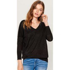 Sweter z metaliczną nitką - Czarny. Czarne swetry damskie Mohito. Za 99.99 zł.