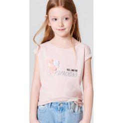 Dziewczęca koszulka z nadrukiem i aplikacją little princess - Różowy. T-shirty damskie marki bonprix. W wyprzedaży za 19.99 zł.