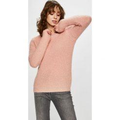 Vero Moda - Sweter. Szare swetry damskie Vero Moda, z dzianiny, z okrągłym kołnierzem. Za 119.90 zł.