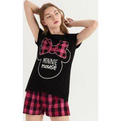Piżama z nadrukiem Minnie Mouse - Czarny. Czarne piżamy damskie Sinsay, z motywem z bajki. Za 49.99 zł.