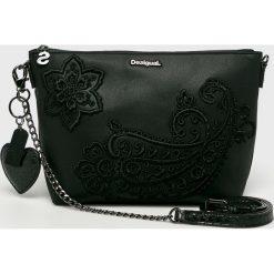 Desigual - Torebka. Czarne torby na ramię damskie Desigual. Za 299.90 zł.