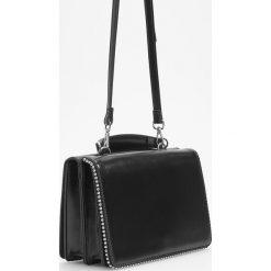 Torebka w stylu retro - Czarny. Czarne torebki do ręki damskie Reserved. Za 119.99 zł.
