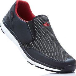 Buty wsuwane Lico bonprix czarno-czerwony. Buty sportowe męskie marki B'TWIN. Za 149.99 zł.