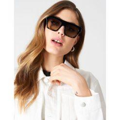 Le Specs Okulary przeciwsłoneczne Subdimension - Black. Czarne okulary przeciwsłoneczne damskie Le Specs. Za 262.95 zł.