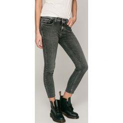 Calvin Klein Jeans - Jeansy Divisio. Szare jeansy damskie Calvin Klein Jeans. W wyprzedaży za 399.90 zł.