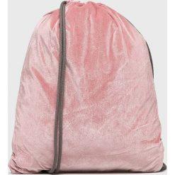 Mi-Pac - Plecak. Różowe plecaki damskie Mi-Pac, z elastanu. W wyprzedaży za 99.90 zł.