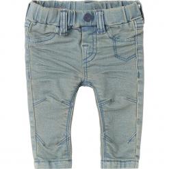 """Dżinsy """"Hubbard"""" w kolorze błękitnym. Jeansy dla chłopców marki Reserved. W wyprzedaży za 49.95 zł."""