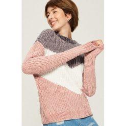 Szenilowy sweter w pasy - Wielobarwn. Szare swetry damskie Sinsay. Za 69.99 zł.