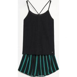 Piżama z szortami - Czarny. Piżamy damskie marki MAKE ME BIO. W wyprzedaży za 59.99 zł.