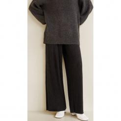 Mango - Spodnie Miguel2. Czarne spodnie materiałowe damskie Mango, z dzianiny. Za 139.90 zł.