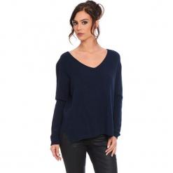 """Sweter """"Talia"""" w kolorze granatowym. Niebieskie swetry damskie Cosy Winter, ze splotem. W wyprzedaży za 181.95 zł."""
