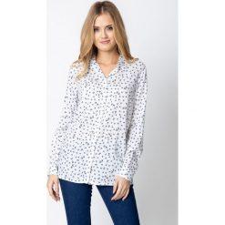 Koszula w małe gałązki QUIOSQUE. Białe koszule męskie QUIOSQUE, z nadrukiem, z jeansu, z klasycznym kołnierzykiem, z długim rękawem. W wyprzedaży za 69.99 zł.