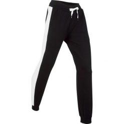 Spodnie bawełniane dresowe, długie bonprix czarny. Czarne spodnie dresowe damskie bonprix, w paski, z bawełny. Za 79.99 zł.