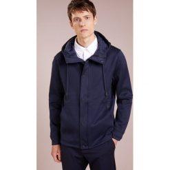 BOSS CASUAL WANCASTER Bluza rozpinana dark blue. Kardigany męskie BOSS CASUAL, z bawełny. Za 959.00 zł.
