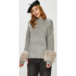 Vero Moda - Sweter Emeli. Szare swetry damskie Vero Moda. W wyprzedaży za 149.90 zł.