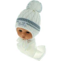 Czapka niemowlęca z szalikiem CZ+S 150C biała. Czapki dla dzieci marki Reserved. Za 39.76 zł.