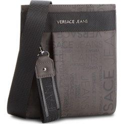 Saszetka VERSACE JEANS - E1YSBB23 829. Szare saszetki męskie Versace Jeans, z jeansu, młodzieżowe. W wyprzedaży za 349.00 zł.