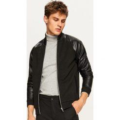 Bluza bomber z rękawami z eko skóry - Czarny. Czarne bluzy męskie Reserved, ze skóry. Za 99.99 zł.