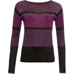 Sweter w paski, z lureksową nitką bonprix lila-różowo-czarny. Swetry damskie marki bonprix. Za 69.99 zł.