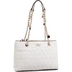 Torebka GUESS - HWVG69 88090 WHI. Białe torby na ramię damskie Guess. Za 629.00 zł.