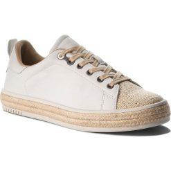 Espadryle CALVIN KLEIN JEANS - Apple R4067 White. Białe espadryle damskie Calvin Klein Jeans, z jeansu. W wyprzedaży za 299.00 zł.