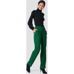 Samsoe & Samsoe Spodnie z nadrukiem Hoys - Green. Zielone spodnie materiałowe damskie Samsøe & Samsøe, z nadrukiem. Za 485.95 zł.