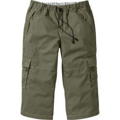 Spodnie 3/4 Loose Fit bonprix oliwkowy. Spodnie sportowe męskie marki bonprix. Za 49.99 zł.
