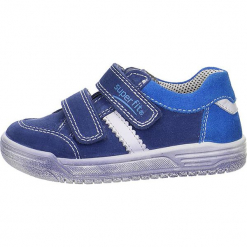 Skórzane sneakersy w kolorze niebieskim. Niebieskie trampki i tenisówki chłopięce Superfit, z materiału. W wyprzedaży za 157.95 zł.