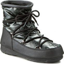 Śniegowce MOON BOOT - Low Glitter 24005500002 Nero/Black. Czarne kozaki damskie Moon Boot, z materiału. Za 739.00 zł.