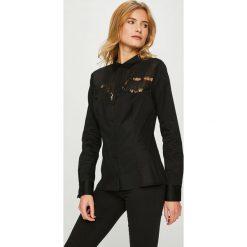 Guess Jeans - Koszula. Brązowe koszule damskie Guess Jeans, z bawełny, klasyczne, z klasycznym kołnierzykiem, z długim rękawem. Za 399.90 zł.