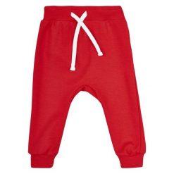 Garnamama Chłopięce Dresy Pop Art 74 Czerwony. Spodnie sportowe dla chłopców marki Reserved. Za 25.00 zł.