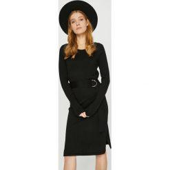 Vero Moda - Sukienka. Czarne sukienki damskie Vero Moda, z dzianiny, casualowe, z okrągłym kołnierzem, z długim rękawem. W wyprzedaży za 139.90 zł.