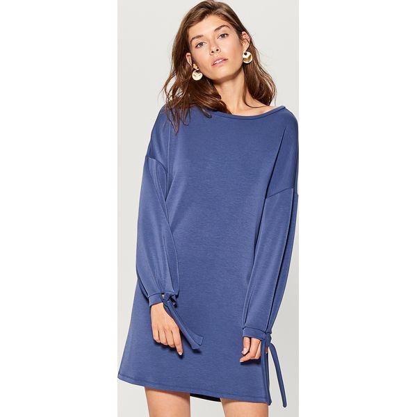 e194bc6b61 Dzianinowa sukienka oversize - Niebieski - Sukienki damskie marki ...