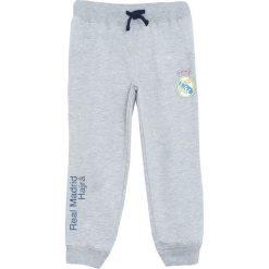 Jasnoszara Spodnie Dresowe I'm Okay. Szare spodnie sportowe dla chłopców Born2be, z dresówki. Za 39.99 zł.